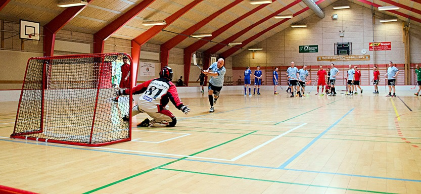Floorball i Skensved Hallen